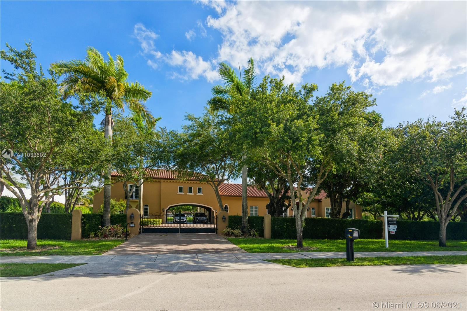 9295 SW 120th St  For Sale A11038602, FL
