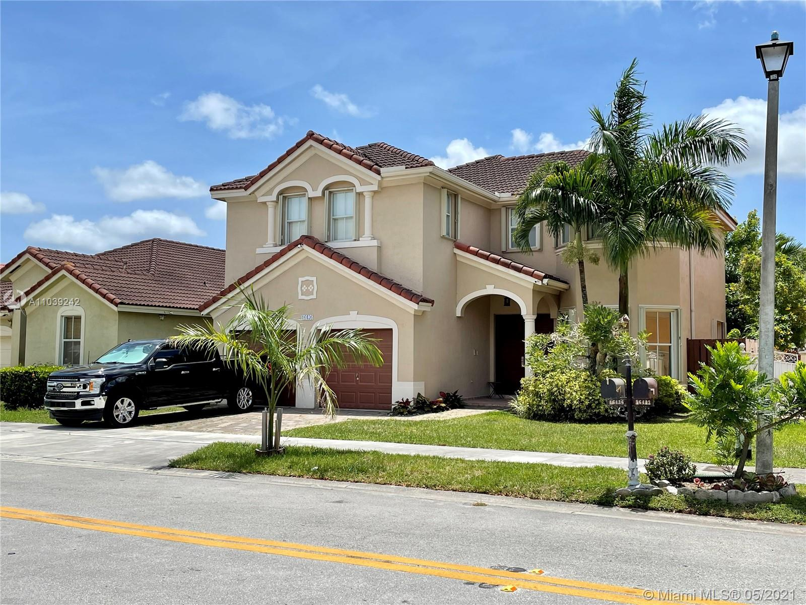 16436 SW 82nd Ter  For Sale A11039242, FL