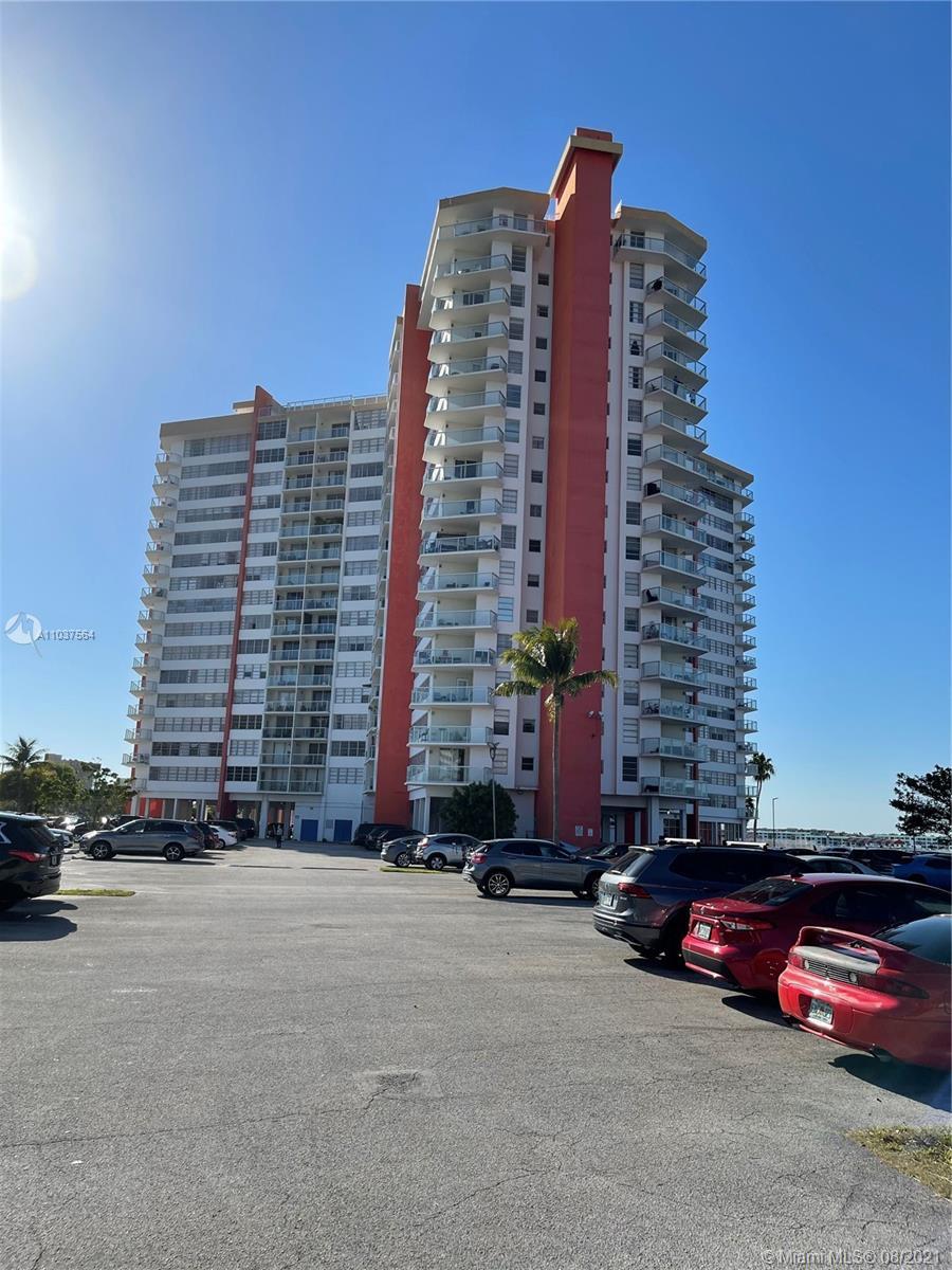 1351 NE Miami Gardens Dr #806E For Sale A11037564, FL
