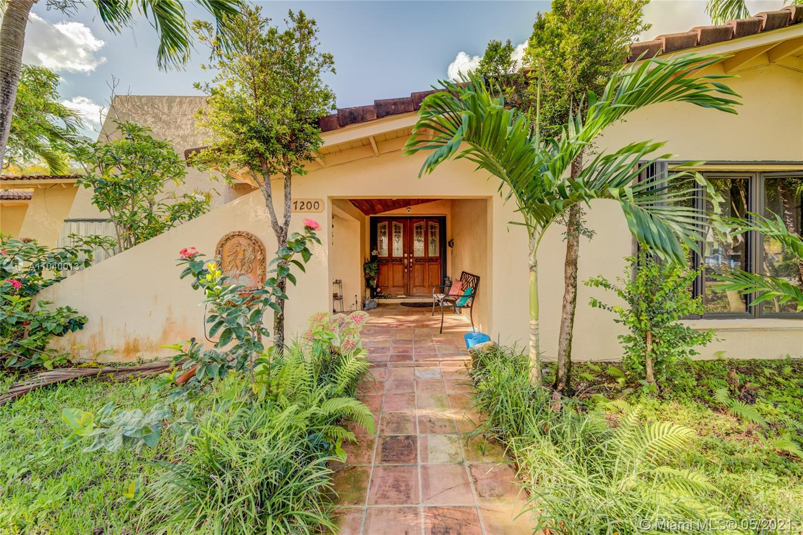 7200 SW 146th Ter  For Sale A11040013, FL