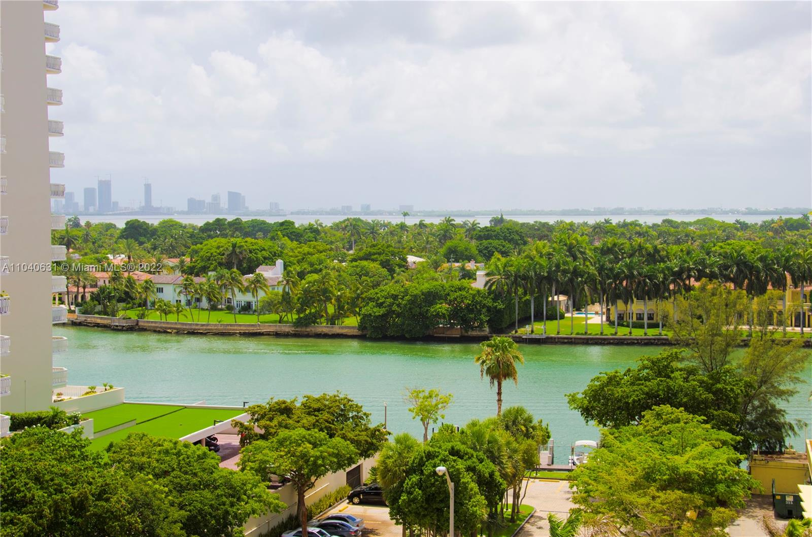 5555  Collins Ave #9T For Sale A11040631, FL