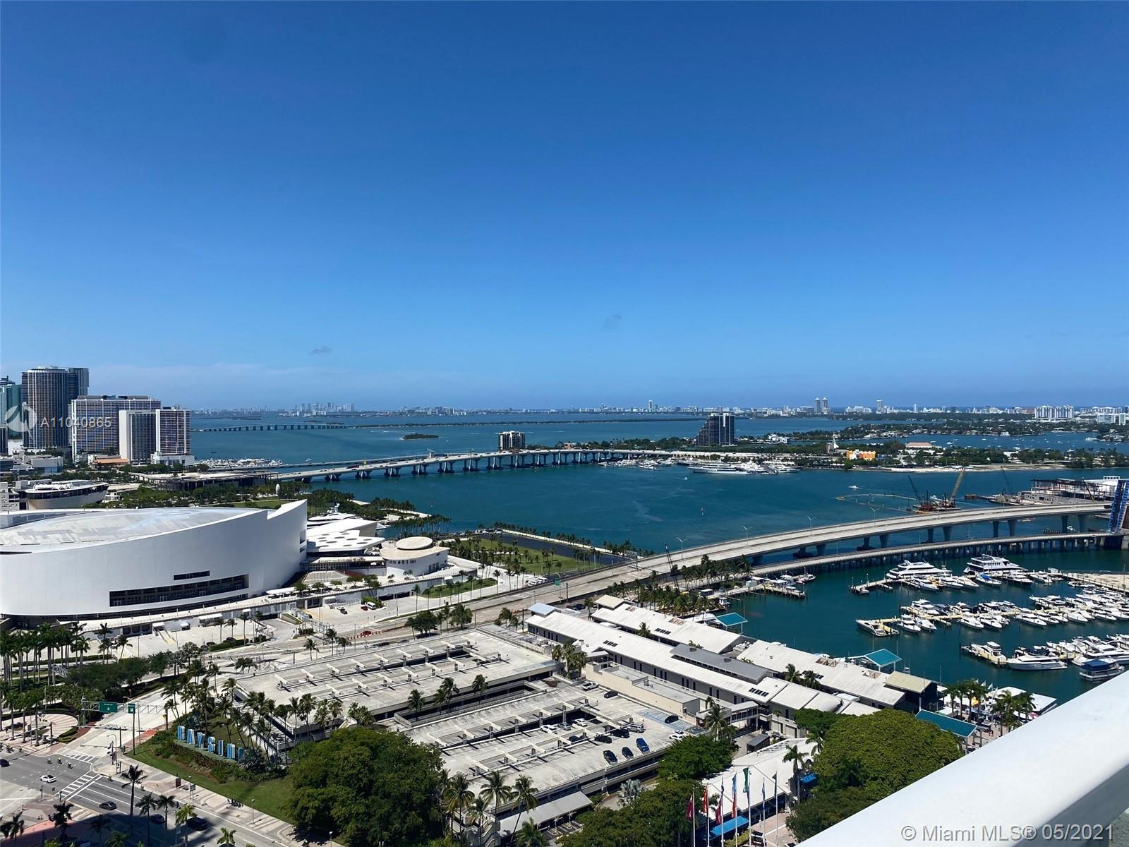 SPACIOUS TWO BEDROOM LAYOUT WITH STUNNING VIEWS OF BISCAYNE BAY AND DOWNTOWN MIAMI. CORNER UNIT WITH AN EXTENDED WRAPAROUND TERRACE, WHITE PORCELIAN FLOORS, AND OPEN FLOORPLAN. ONE ASSIGNED PARKING SPACE AND STORAGE UNIT INCLUDED IN SALE. VIZCAYNE OFFERS LUXURIOUS AMENITIES WITH 4 POOLS, RECENTLY REDONE STATE OF THE ART GYM, CLUBHOUSE, SPA, THEATER & MEDIA ROOM, BUSINESS CENTERS, ETC. FANTASTIC LOCATION WITH ALL THE BEST THAT DOWNTOWN HAS TO OFFER WITHIN FOOTSTEPS AND EASY ACCESS TO METRORAIL, BRIGHTLINE AND MORE. CALL LA FOR EASY SHOWING. TENANT OCCUPIED TIL JUNE 15 2021