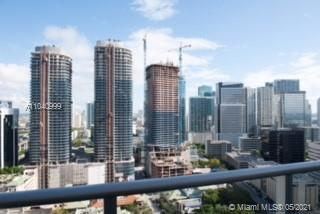 Beautiful 2 Bed/2 Bath in Brickell. Bright apartment with nice balcony, closets and Porcelain floors. Millecento amenities include pool, gym, kid room and more. Call now!!