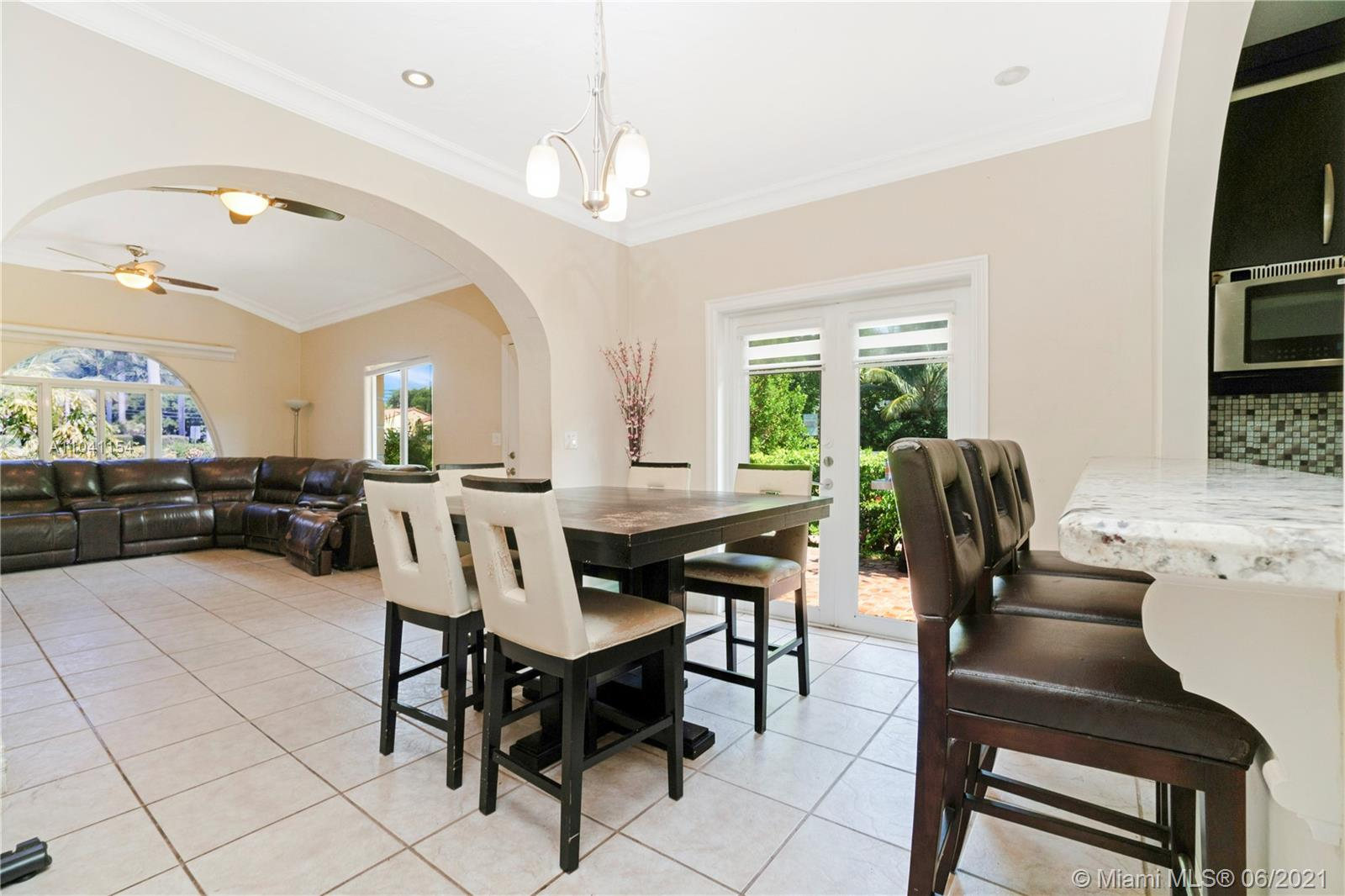 1255  Lenox Ave  For Sale A11041154, FL