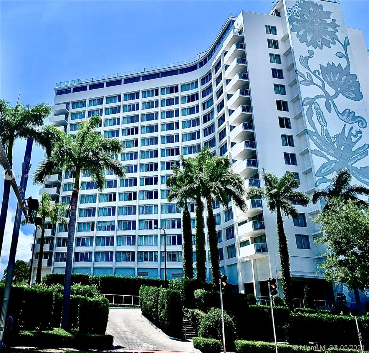 TURN KEY FURNISHED CONDO AT THE BEAUTIFUL MONDIRIAN CONDO/HOTEL . THIS SPACIOUS 1 BEDROOM 1 1/2 BATHROOM UNIT HAS TRANQUIL VIEWS OF MIAMI BEACH . THE UNIT IS CURRENTLY NOT IN ANY RENTAL PROGRAM AND OWNER AND OPEN FOR MANY CHOICES FOR NEW OWNER AIRBB ALLOWERED