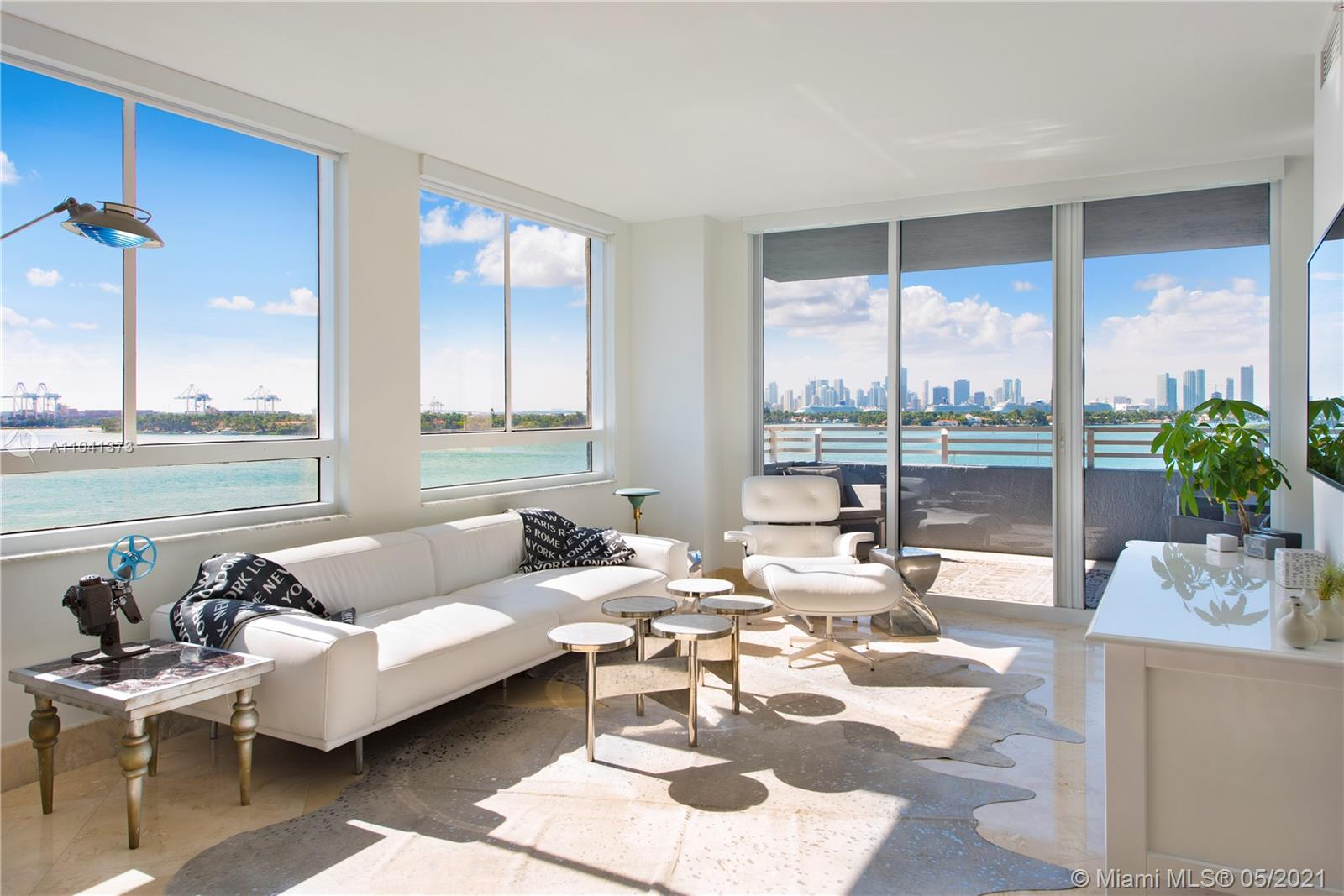 Delightful condo in great location! Wonderful direct West Biscayne Bay, sunset and downtown views. Large remodeled 2-bed in the Waverly's most-desired floor plan. No detail has been spared in this gorgeous renovation. Private, large main bed and bath, with room for sitting area or office. Full size washer and drier in the unit. Entertain in your spacious living/dining are and gourmet kitchen. Oversized terrace has room for table and chairs or lounging sofas. Full service building with amazing amenities. Close to restaurants, shops and Lincoln Road.