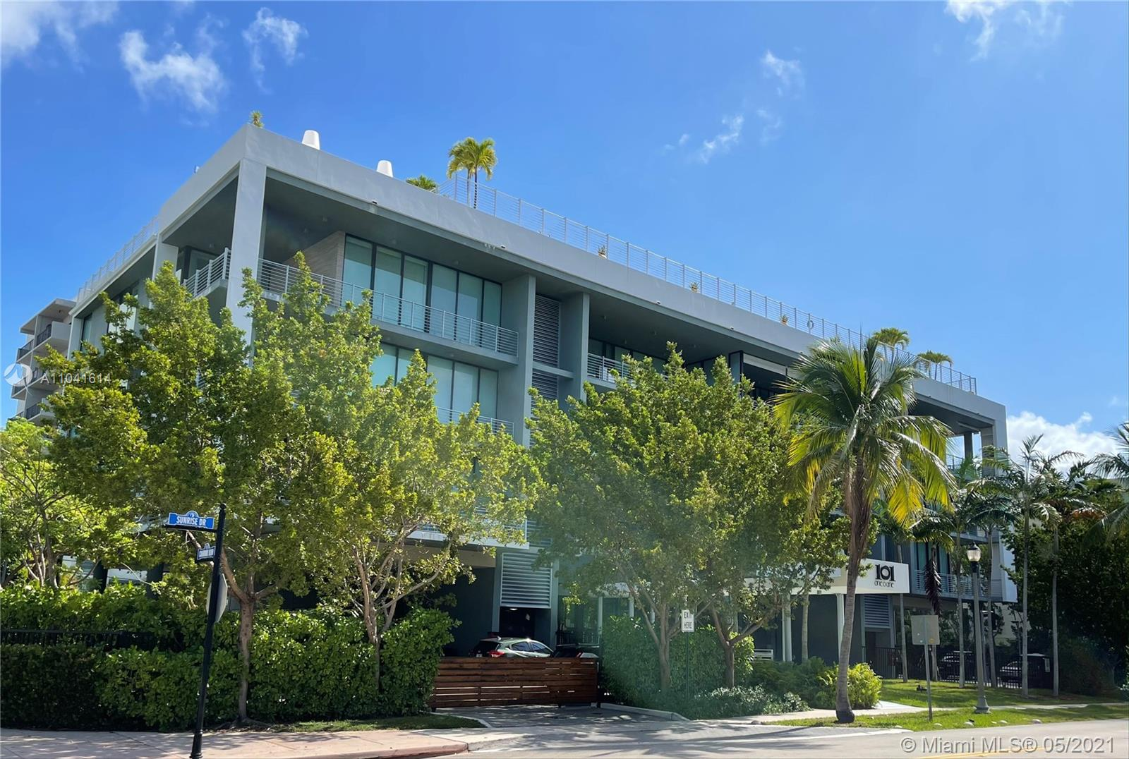 Contemporary urban boutique building in Key Biscayne. This 3br/3.5ba spacious unit features Miele appliances, white quartz countertops, engineered Oak Montachino wood floor, 11ft ceilings throughout, impact windows & doors, ample terraces w/ wet bar and summer kitchen is great for entertaining. Includes 2 parking spaces & storage room. Enjoy state of the art amenities inviting roof top lap pool with 360 views of the ocean and city of Key Biscayne, BBQ, gym and yoga center. Great deck for watching sunsets.  1000 sq ft outdoor space in two exposures.