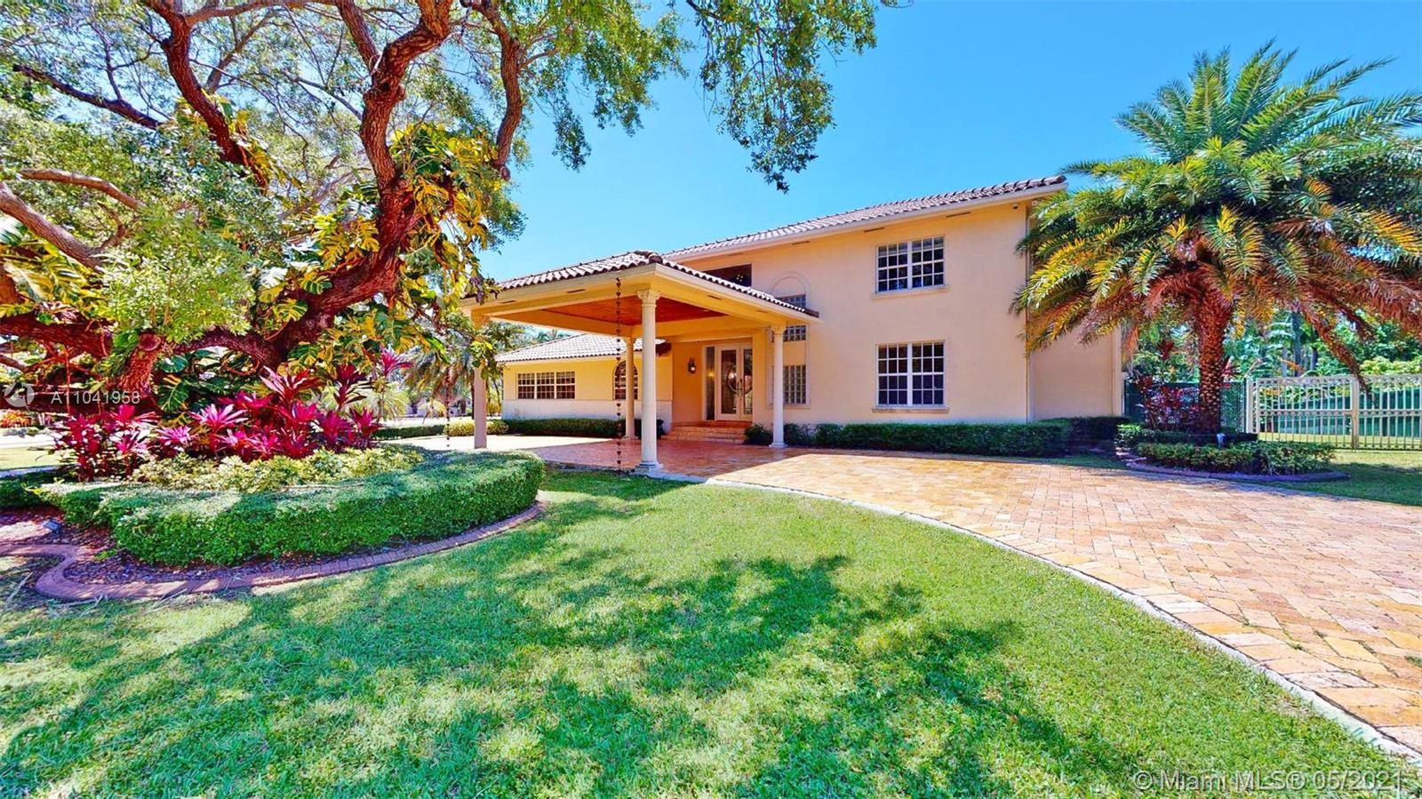 5720 SW 128th St  For Sale A11041958, FL