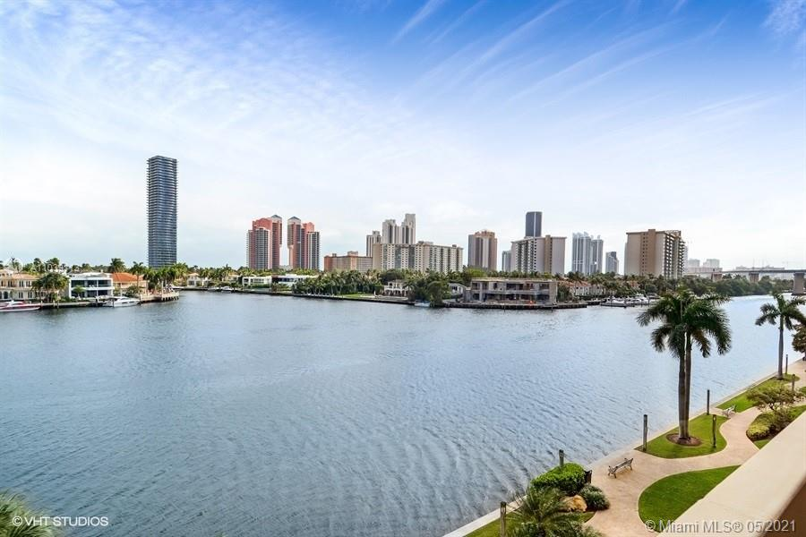 19707  Turnberry Way #5H For Sale A11039113, FL