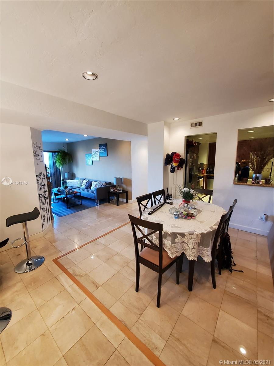 Beautiful and perfectly maintained spacious unit with amazing city views within one of Brickell Avenue true icons. This unit was converted from a 1 bedroom to a 2 bedroom apartment legally with permits by the previous owner. The unit comes with a washer/dryer combo and an elegantly appointed kitchen. The building offers many amenities, such as one of the best pools of the area, with three large Tikki huts, grills, jacuzzi, a convenience store, tennis, laundry facility and an incredible walkway by the bay with several sitting areas to admire the bay views. Seller will pay in full the special assessment at closing. Unit is currently rented until end of June.