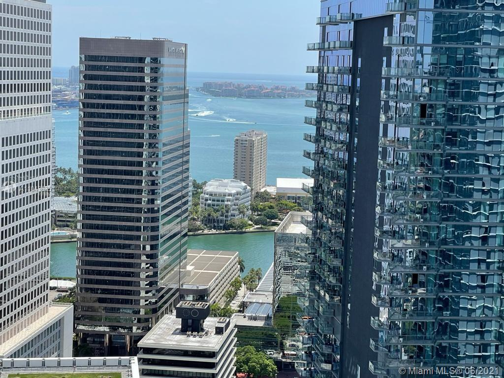 88 SW 7th St #3609 For Sale A11043635, FL