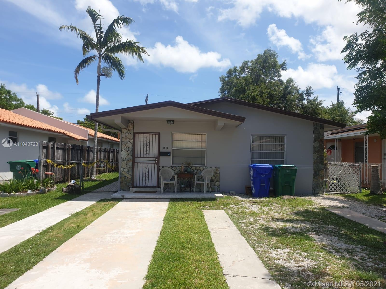 3440 SW 25th St  For Sale A11043728, FL