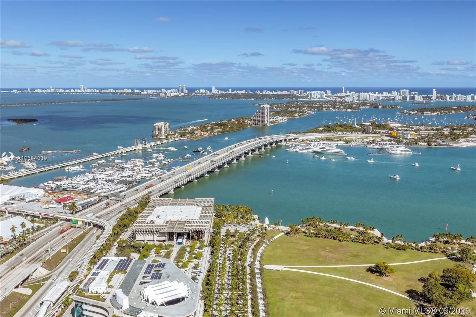 900 Biscayne Blvd 5208, Miami, FL 33132