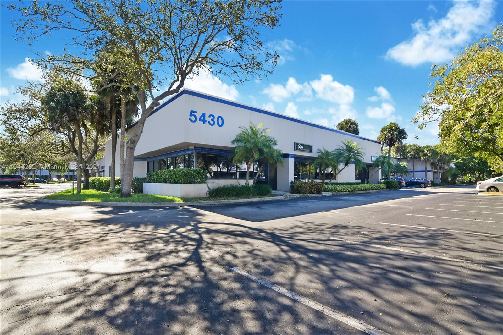 5430 NW 33rd Ave #1 For Sale A11044262, FL