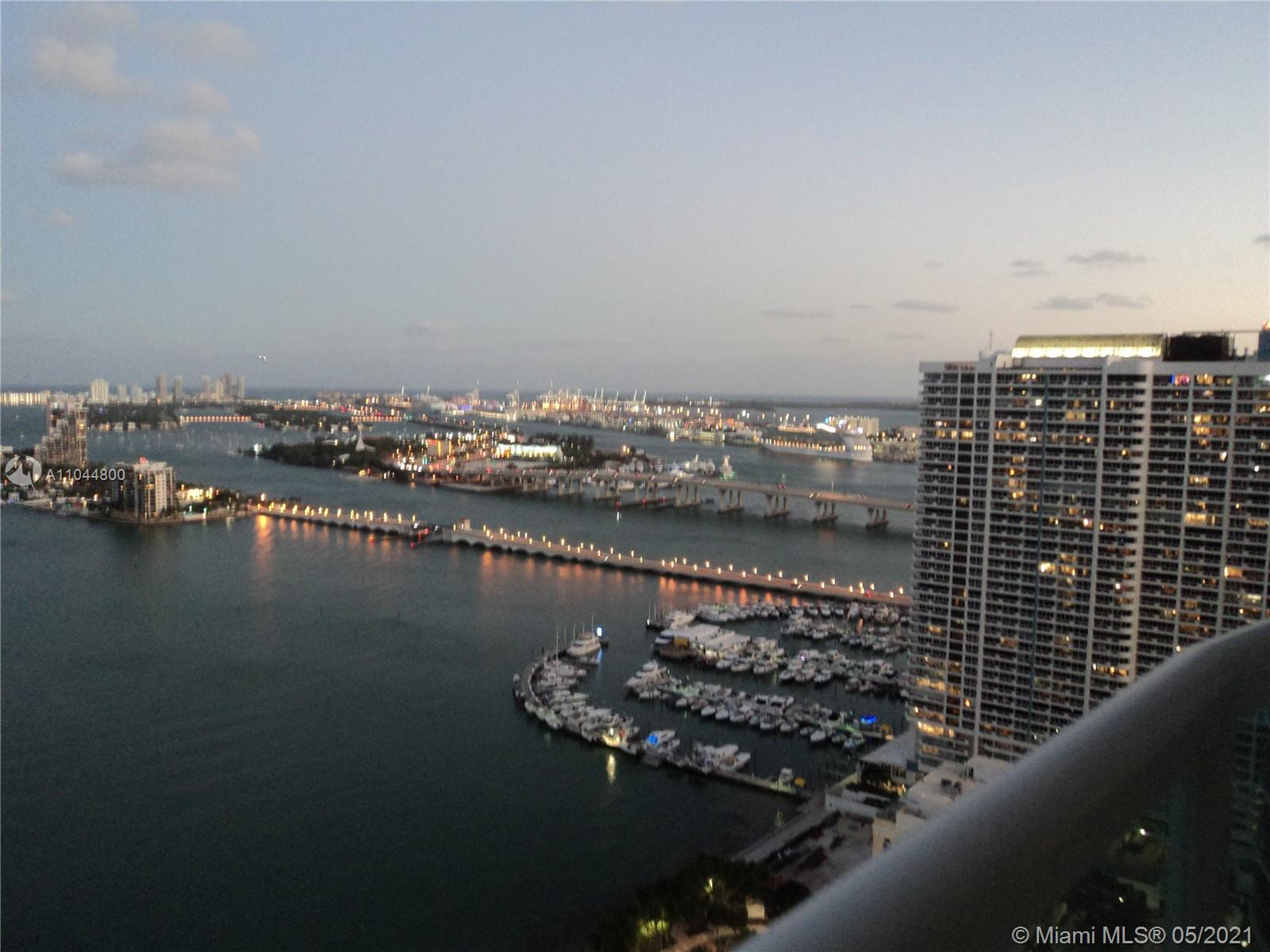 Stunning corner unit facing the bay, in front of the great Margaret Pace Park, best line in the building with spectacular views. Two assigned parking spaces.3/3 home with 2189sq of ac, unique and great floor plan. Full amenities building: concierge, valet, gym, basic cable, highspeed internet and water included in a low HOA. Close to supermarkets, restaurants, banks, South Beach, Downtown Miami, The Design District, Midtown, Wyndwood and access to all major highways and public transportation.