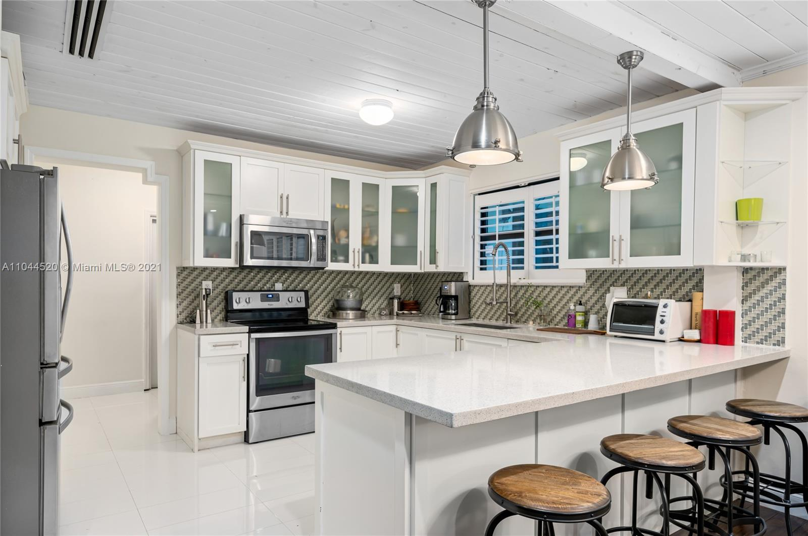 AMAZING OPPORTUNITY IN SOUTH MIAMI ON OVER A HALF ACRE LOT. THIS POOL HOME HAS BEEN COMPLETELY REMODELED AND OFFERS A SEPARATE ONE BEDROOM GUEST HOUSE.  CALL TO SCHEDULE YOUR APPOINTMENT