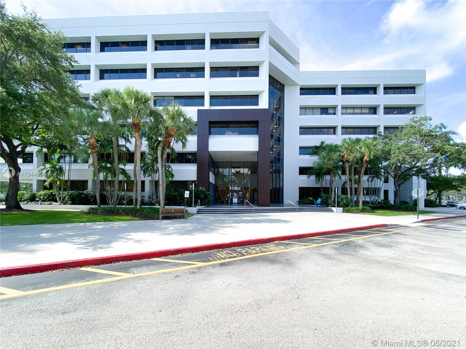 7200 NW 19th St #111 For Sale A11044894, FL