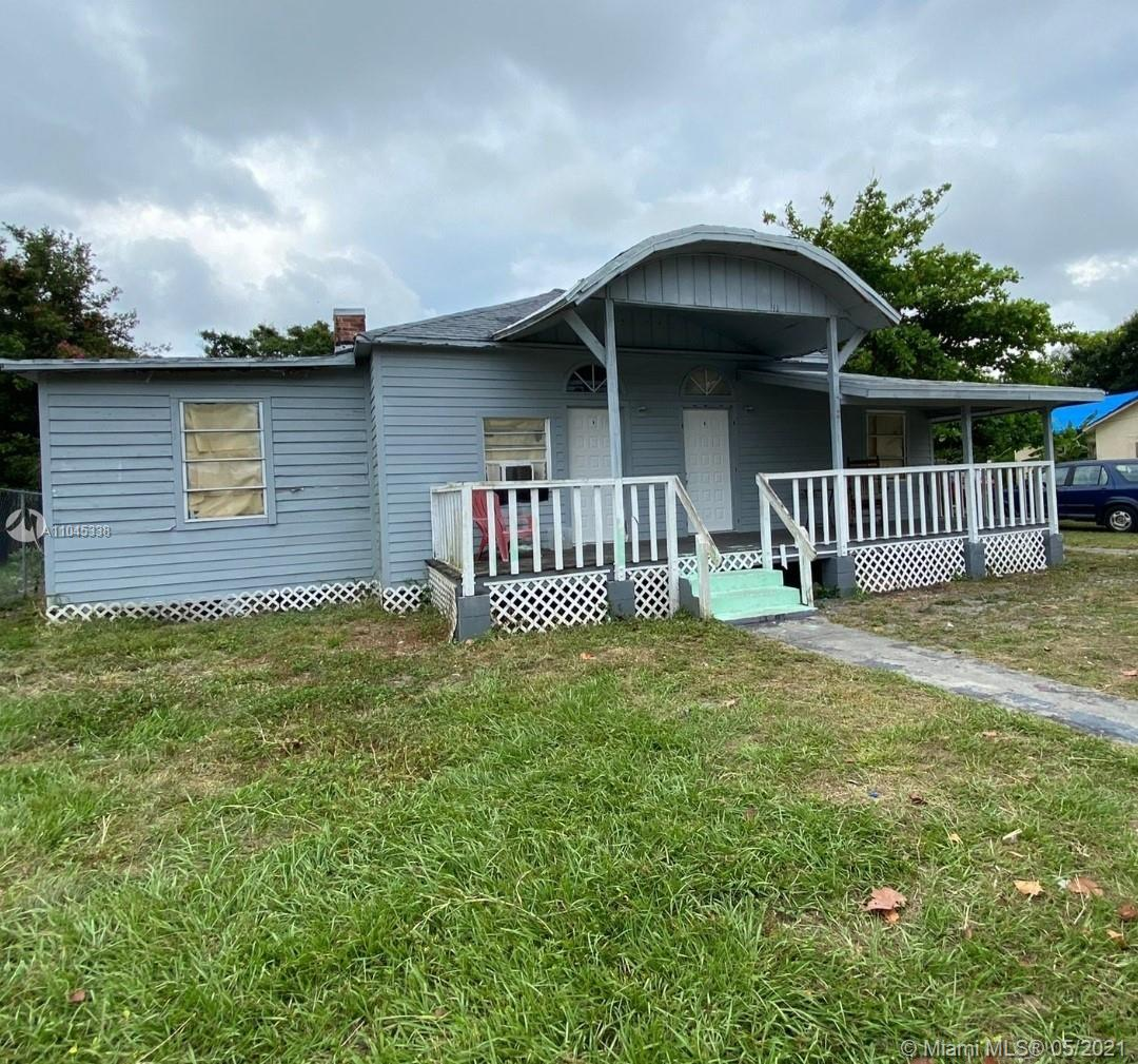 132  11th N St  For Sale A11045338, FL