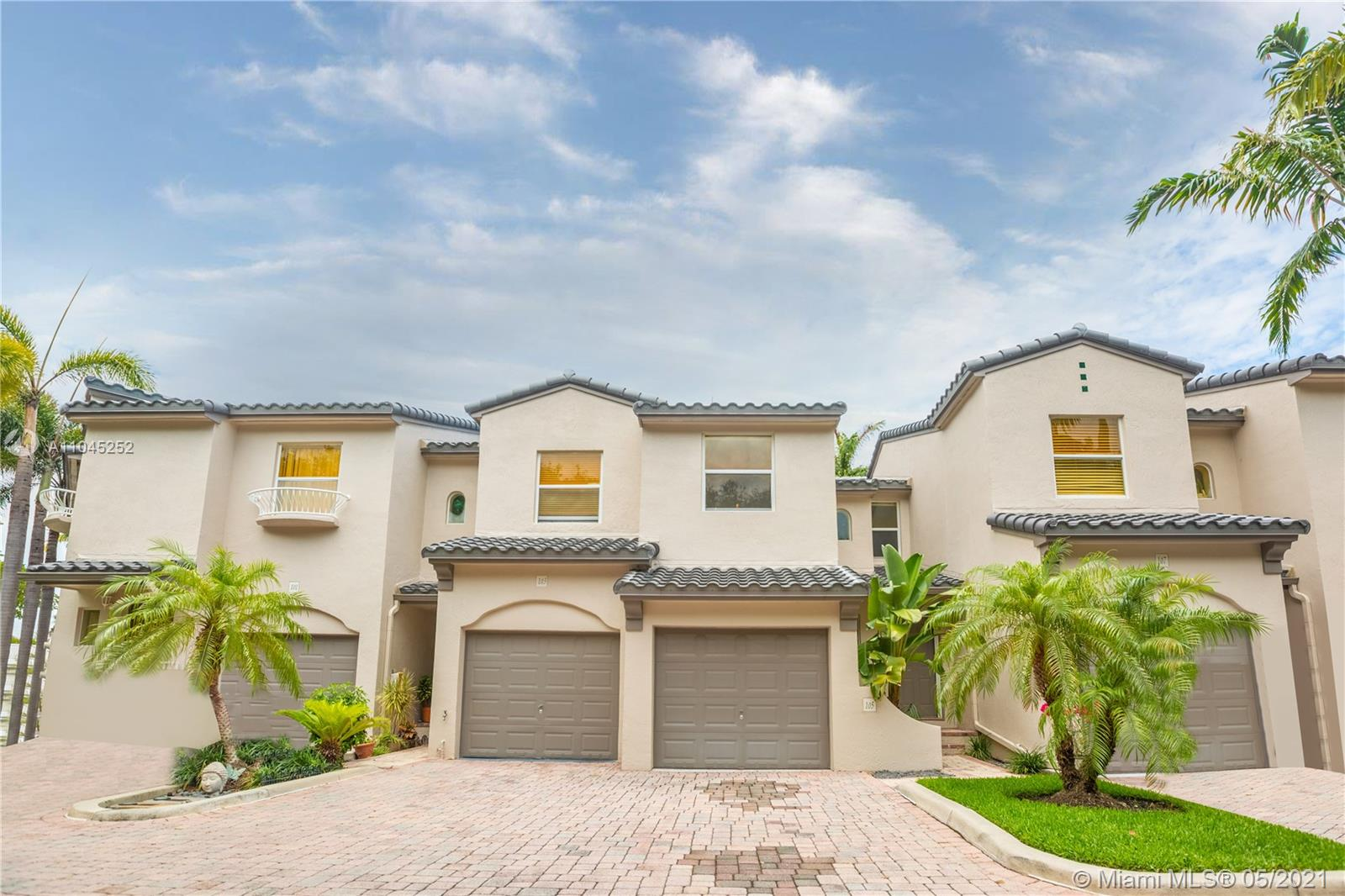Spacious 3 Bedroom/2.5 Bathroom Townhome Located in the Oceanwalk Villas Condo. Located Right Across the Street From the Ocean, This Townhome Features an Open Kitchen with Bar Seating with a Combo Dining and Family Room. Tiled First Floor, Carpeted Second Floor. 1 Car Garage with Room For a Second Car. Good Size Bedrooms with Walk in Closets. Master Bath Features His and Her Sinks, Separate Tub and Shower. Location Offers Easy Access to All Major Roadways, Shopping, Public Parks, Dining, Public Transportation, The Beaches and Much More. To help visualize this home's floorplan and to highlight its potential, virtual furnishings may have been added to photos found in this listing.