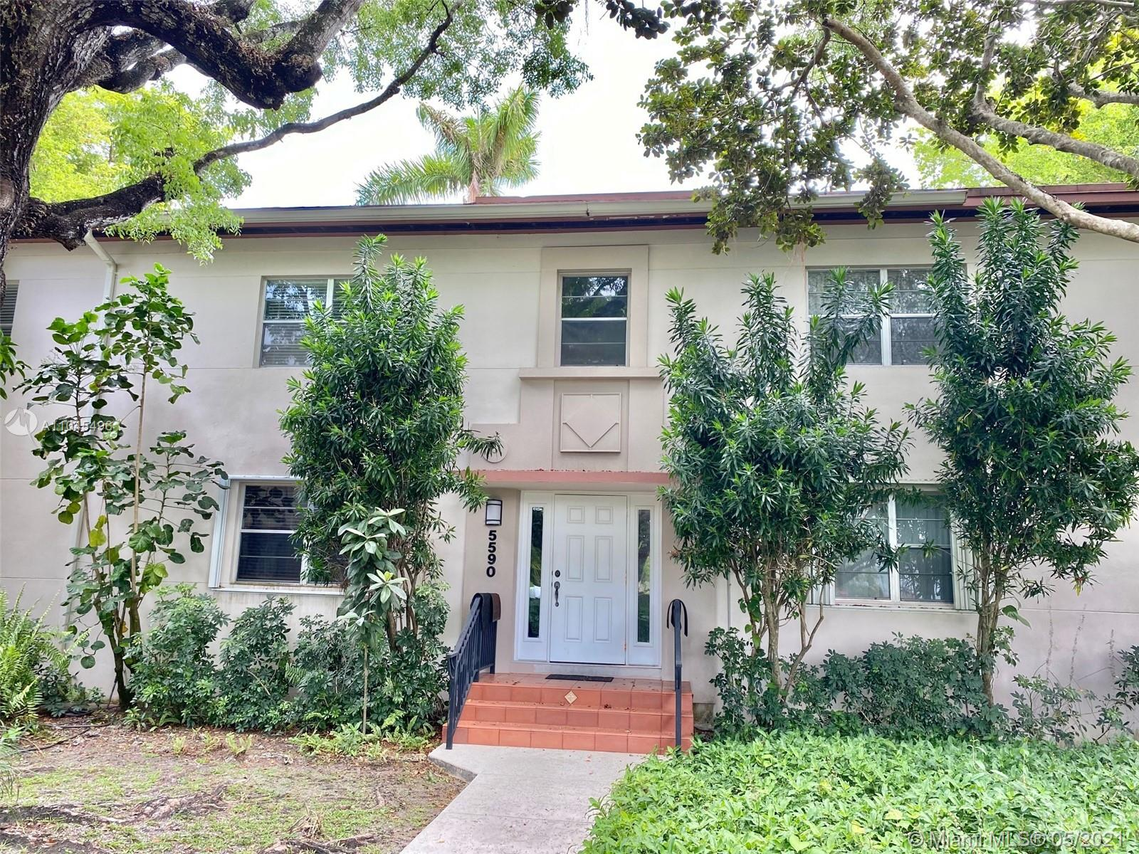 Private sought-after Pathways 2-bedroom/ 1-bath condo. This is a 2nd floor, very quiet, bright, corner unit with a view of the pool and yard. Back door to direct access to the gated courtyard and pool with walking paths, BBQ areas. Beautiful landscaping in this peaceful community. Walking distance to restaurants, supermarkets and shops in South Miami. Close to UM, Metrorail and Coral Gables.