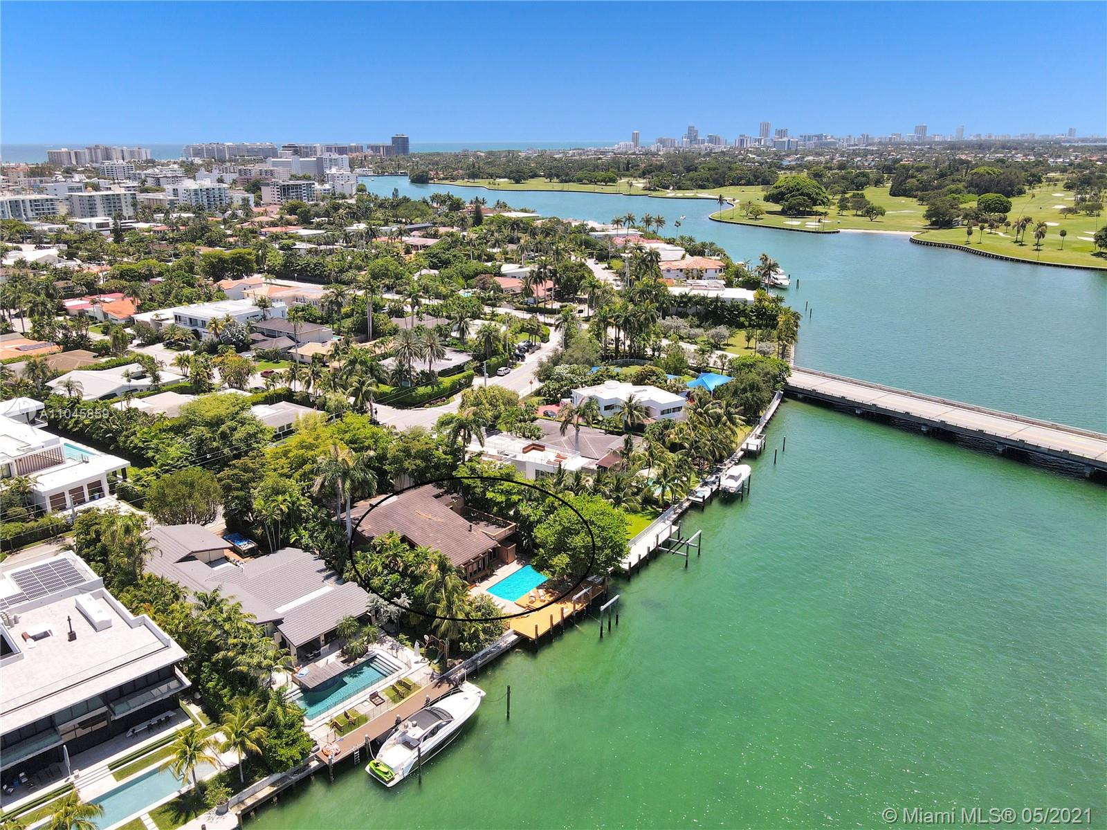 9720 W Broadview Dr  For Sale A11045859, FL