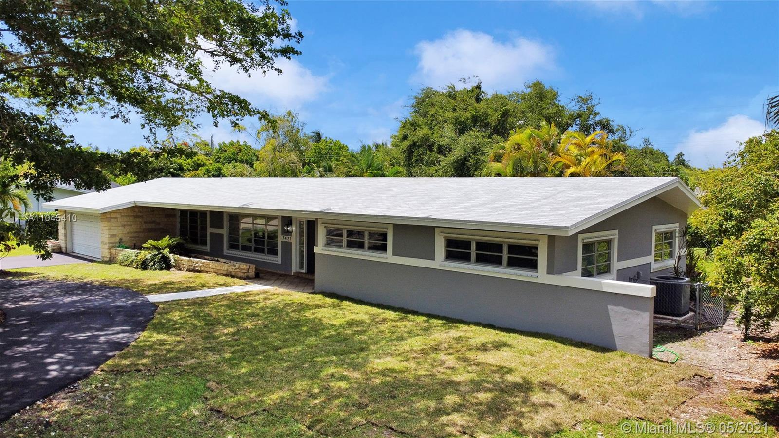 7421 SW 131st St  For Sale A11045410, FL