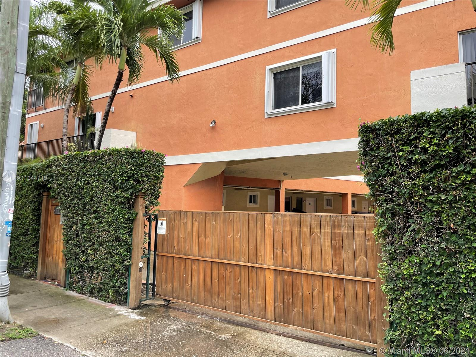 240 SW 15th Rd #106 For Sale A11044719, FL