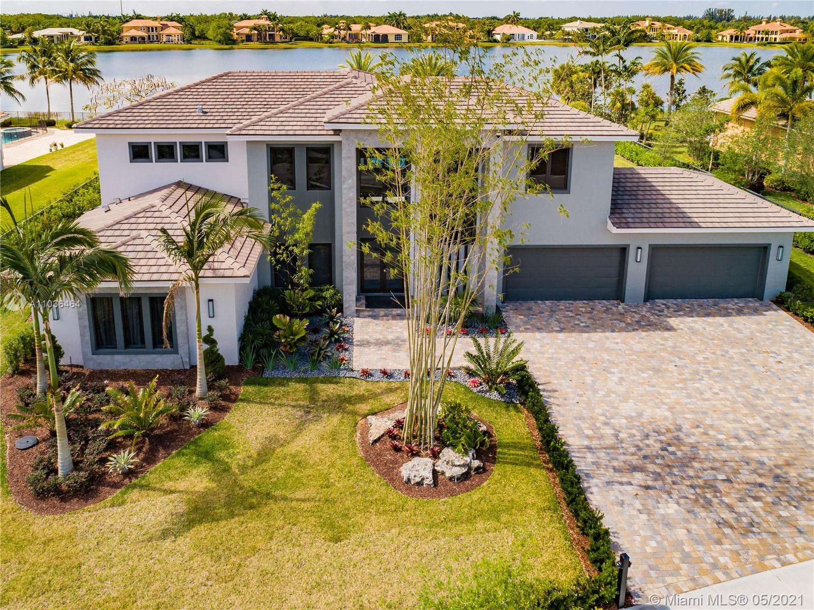 3099  Lake Ridge Ln  For Sale A11036464, FL