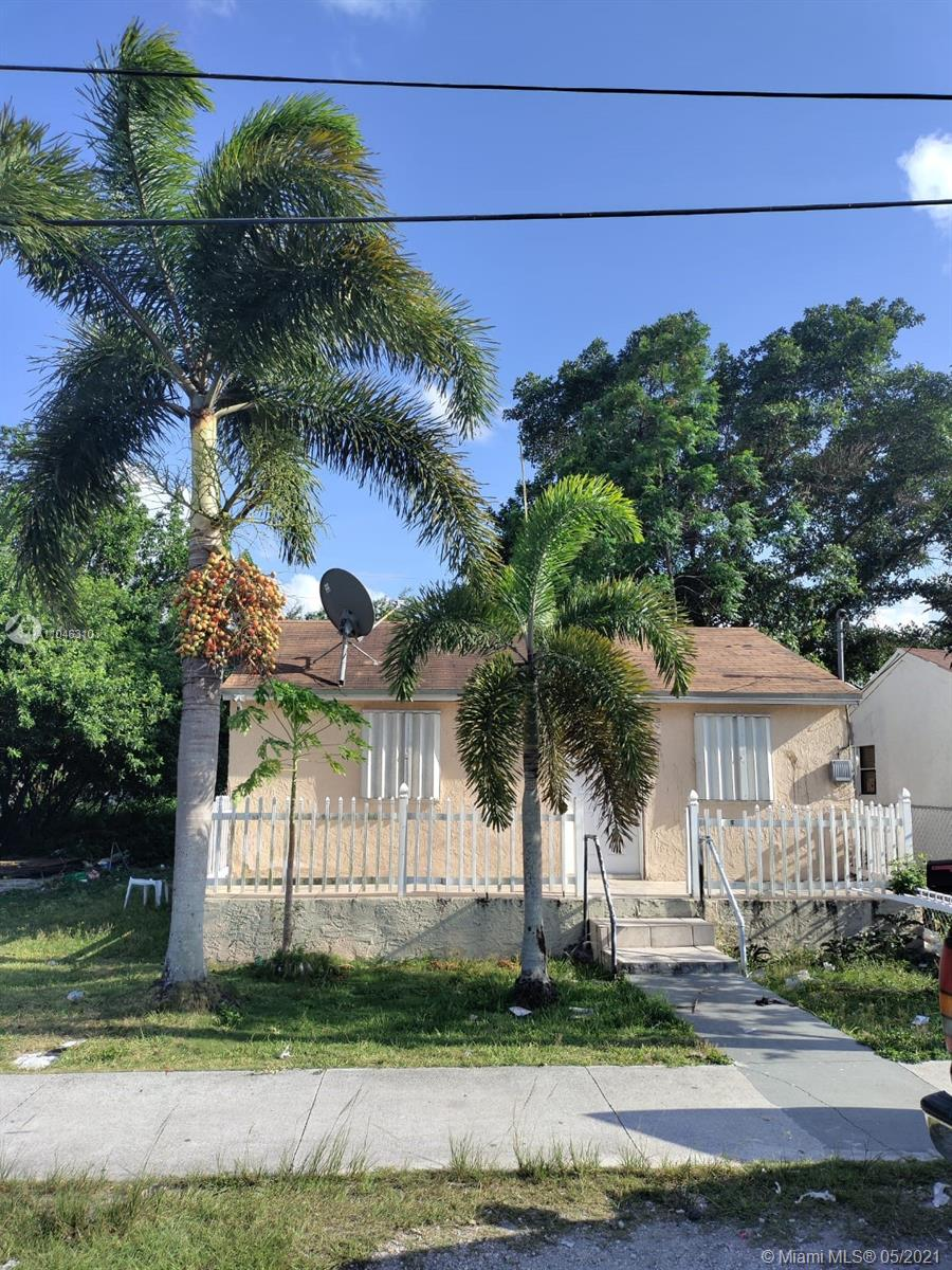 722 SW 7th St  For Sale A11046310, FL