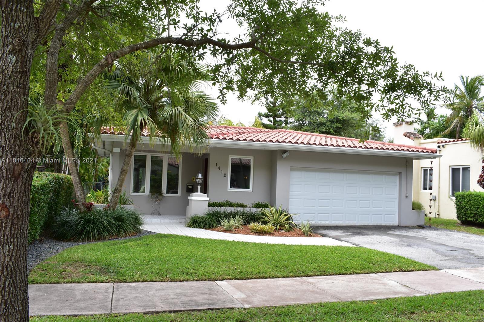 1412  Medina Ave  For Sale A11046404, FL