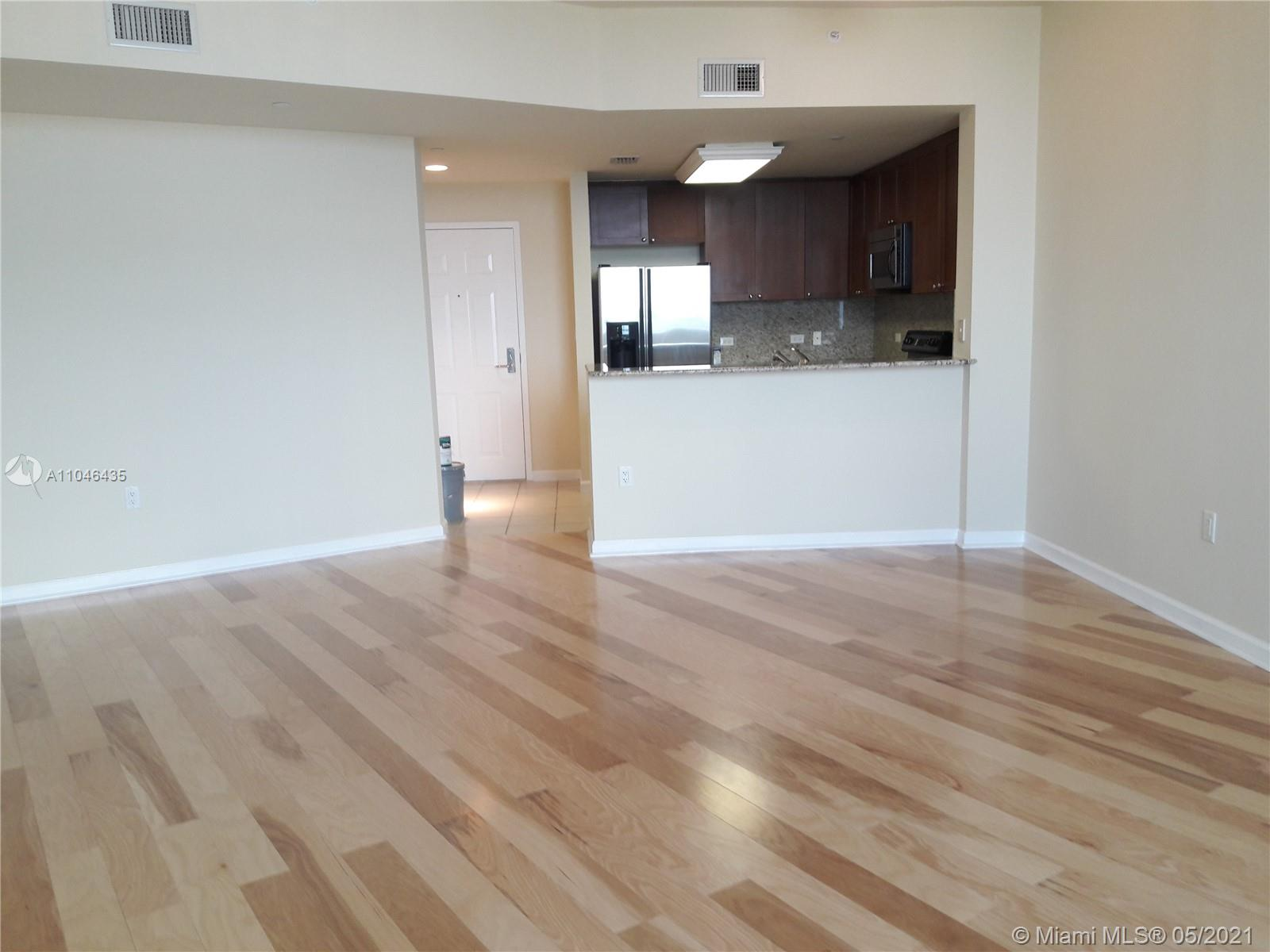 19501 W Country Club Dr #PH-11 For Sale A11046435, FL