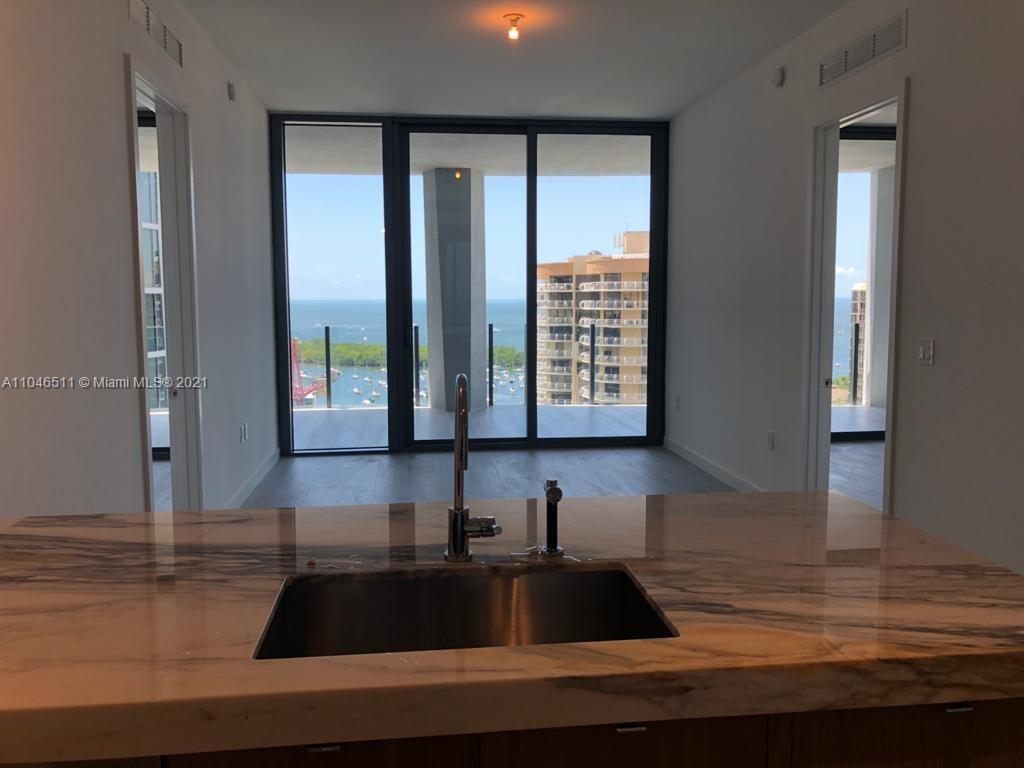 Two bedroom 2 bathroom plus den with direct bay views in the heart of coral gables. The building has state of the art amenities worthy to feel on a vacation at your own home. Walking distance to the marina, fresh market, private schools and the famous coco walk.