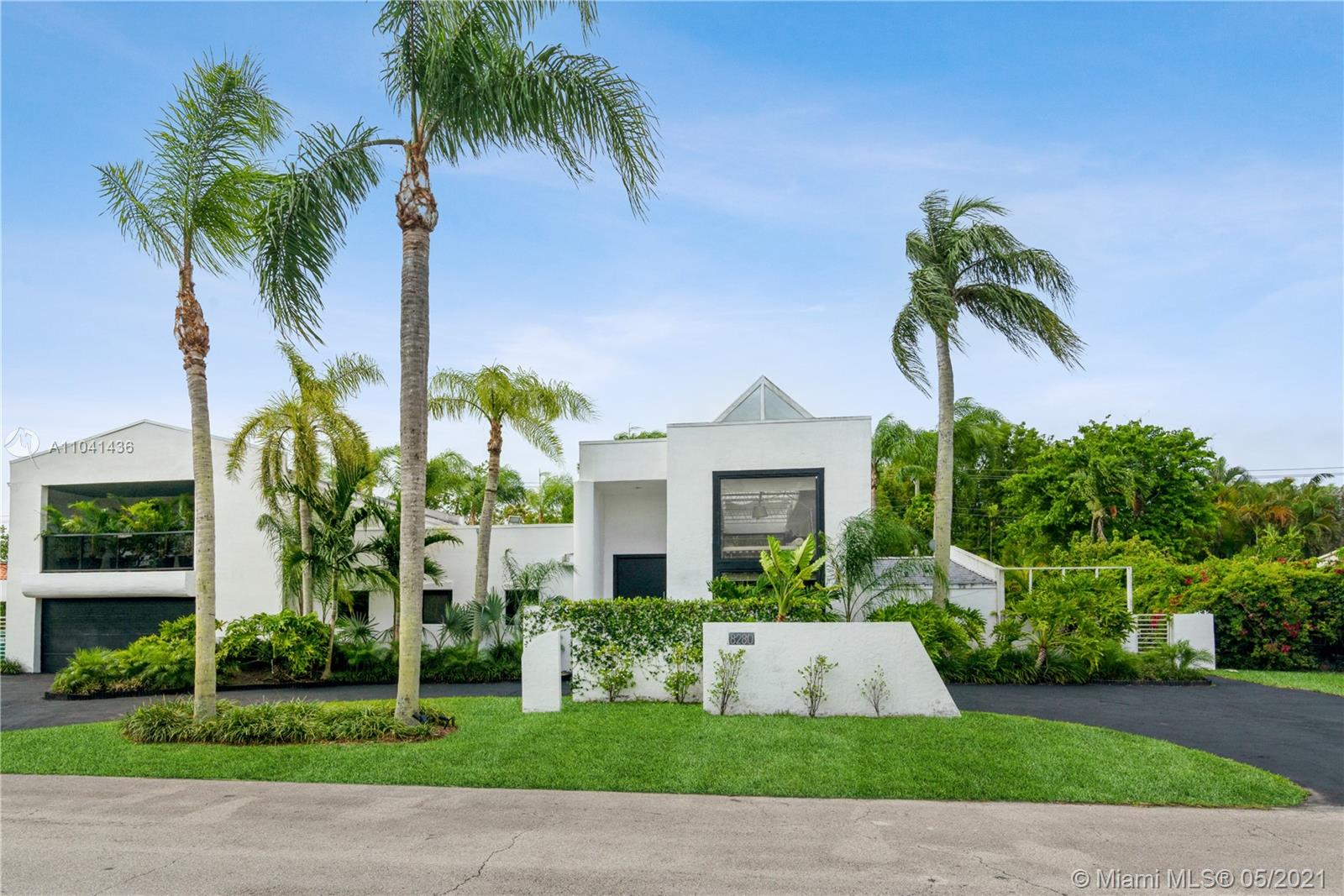8280 SW 102nd St  For Sale A11041436, FL