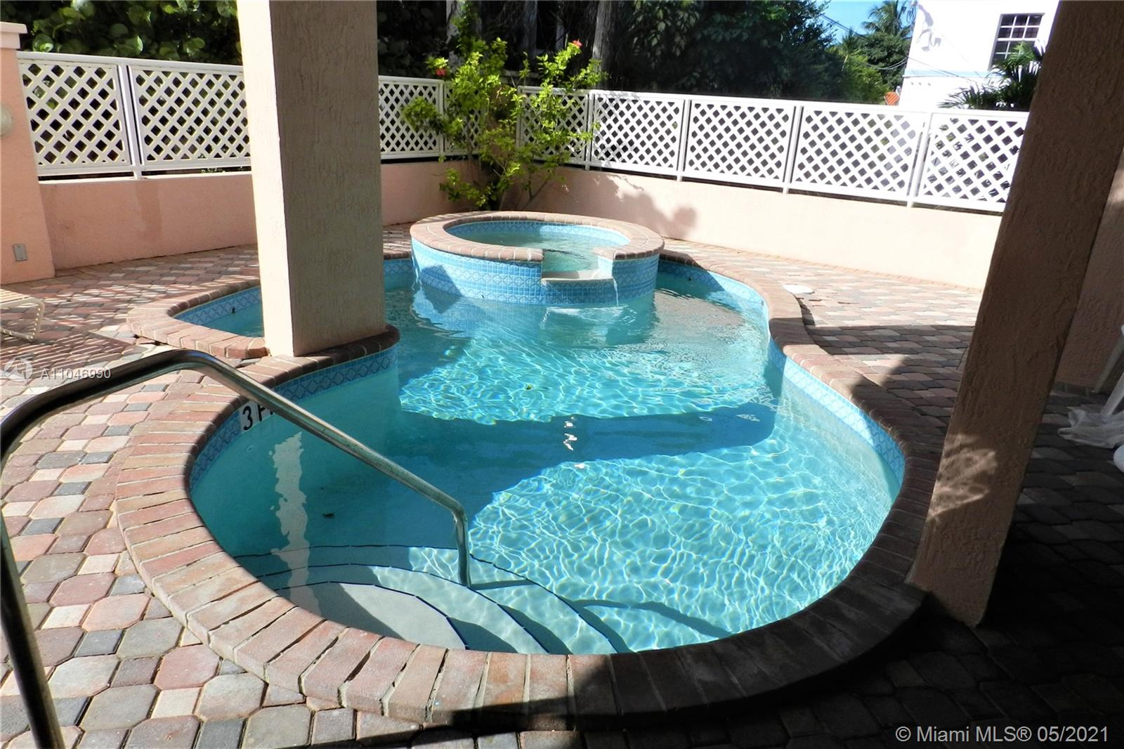 8816  Collins Ave #104 For Sale A11046990, FL