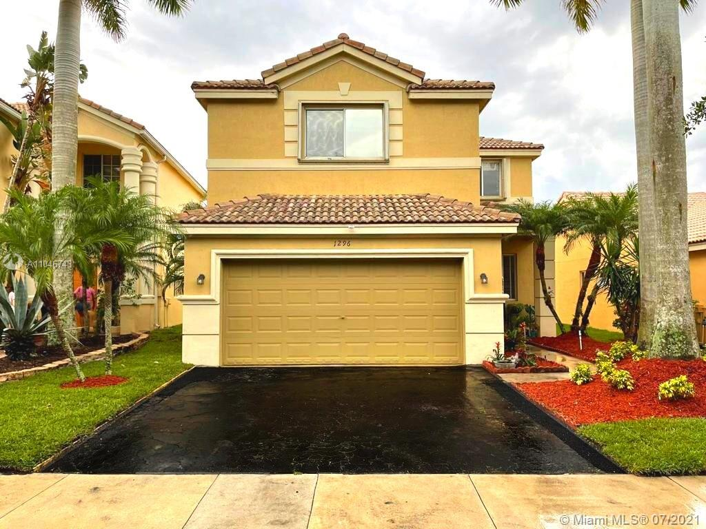 1296  Canary Island Dr  For Sale A11046743, FL