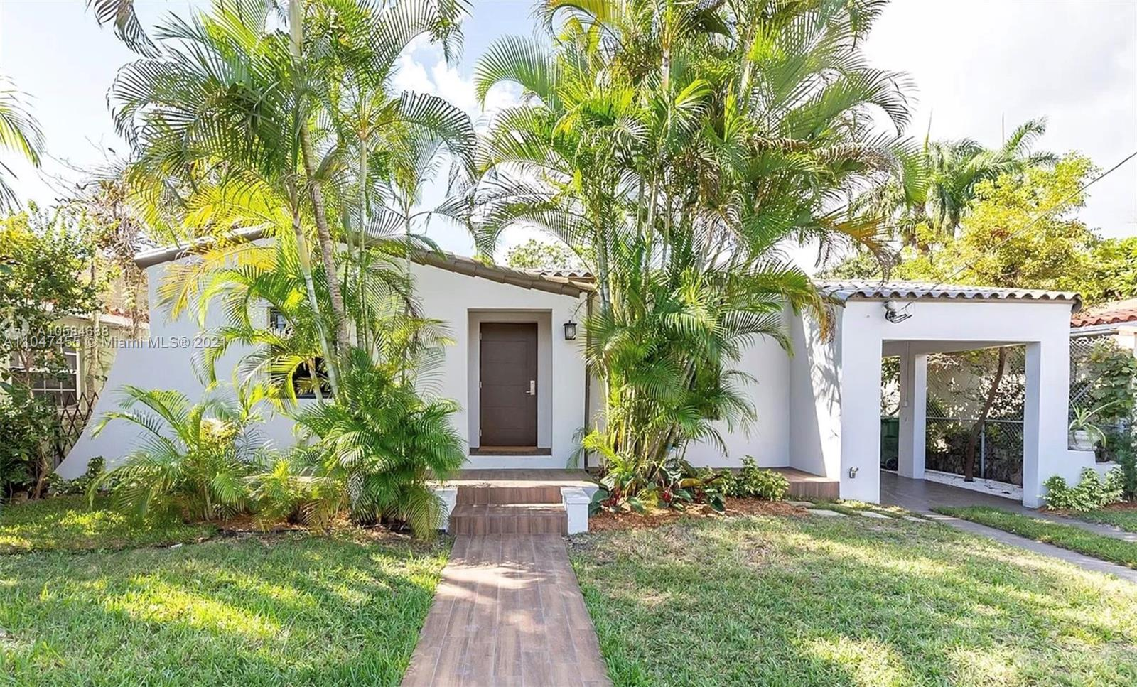 332 SW 20th Rd  For Sale A11047455, FL