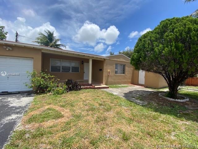 2207  Dewey St  For Sale A11048163, FL