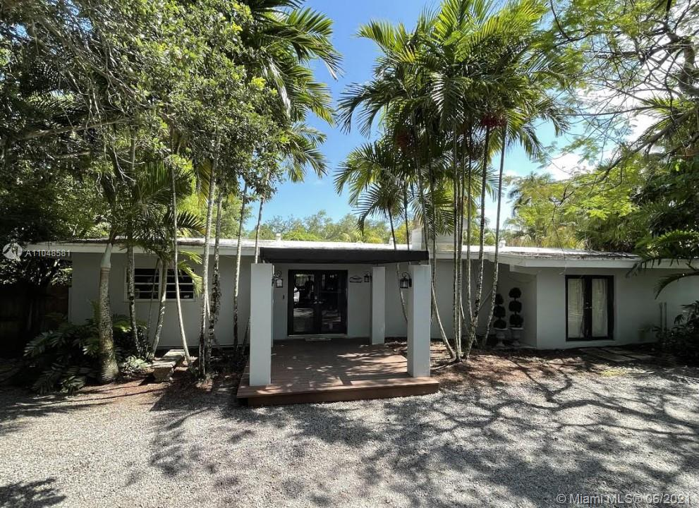7215 SW 105th Ter  For Sale A11048581, FL