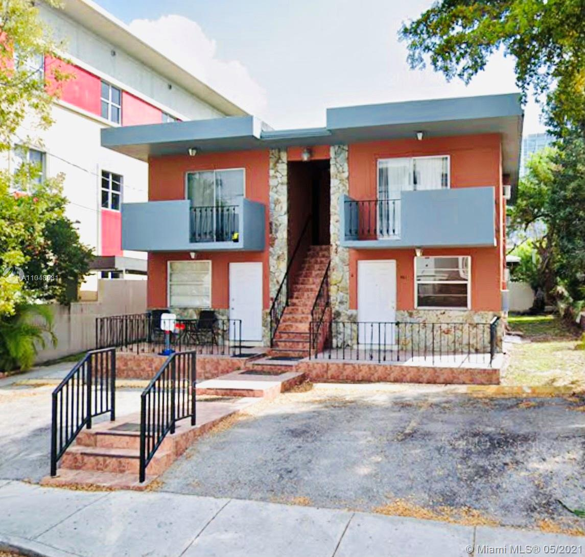 421 SW 5th Ave  For Sale A11048531, FL