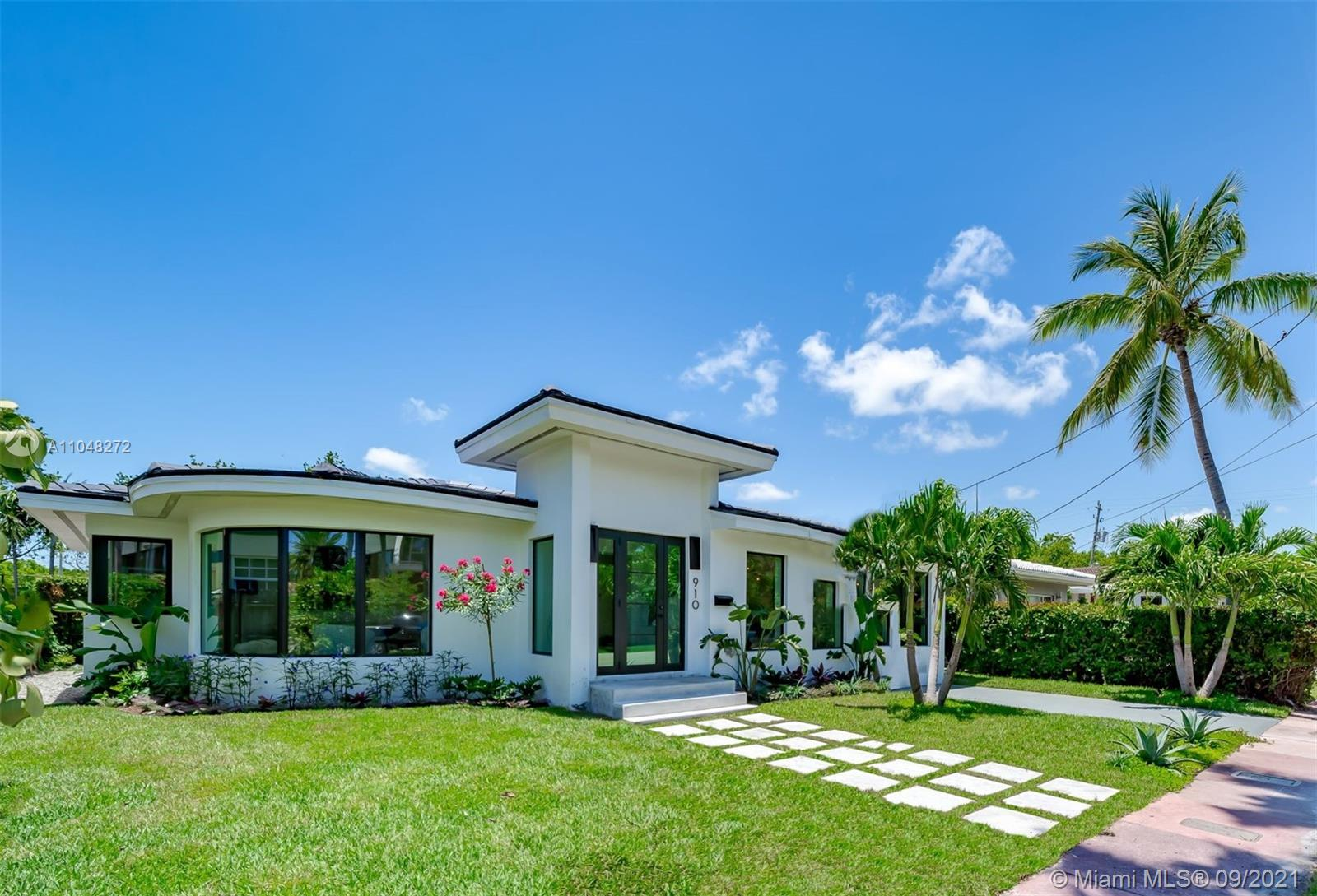 910 W 43rd Ct  For Sale A11048272, FL