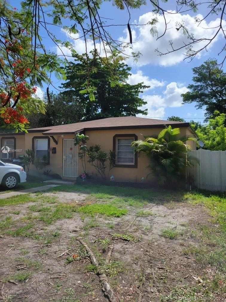 """Three bedroom one bath single family home sold in """"AS-IS condition.  Property located near South Miami Hospital, UM and Metrorail.  Tenant occupied.  Saturday showing by appointment only.  Call listing agent for appointment."""