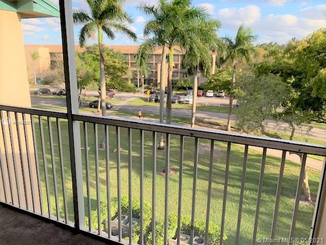 12600 SW 5th Ct #413L For Sale A11048307, FL