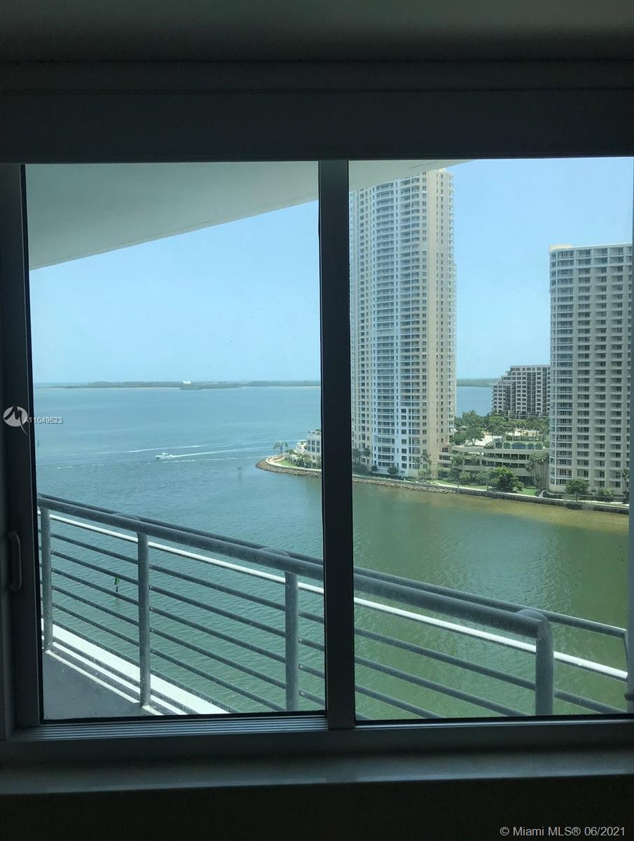 Beautiful Highly desired 2 bedroom 2 bathroom best location in the building with direct views of Biscayne bay, Atlantic Ocean and Miami River. This unit a premium view, it is the only 2 bedroom unit for sale facing the Miami River (south) Unit has beautifull Vanilla vinyl/wood flooring throughout and tile in the bathrooms, Italian kitchen cabinets with stainless steel appliances.