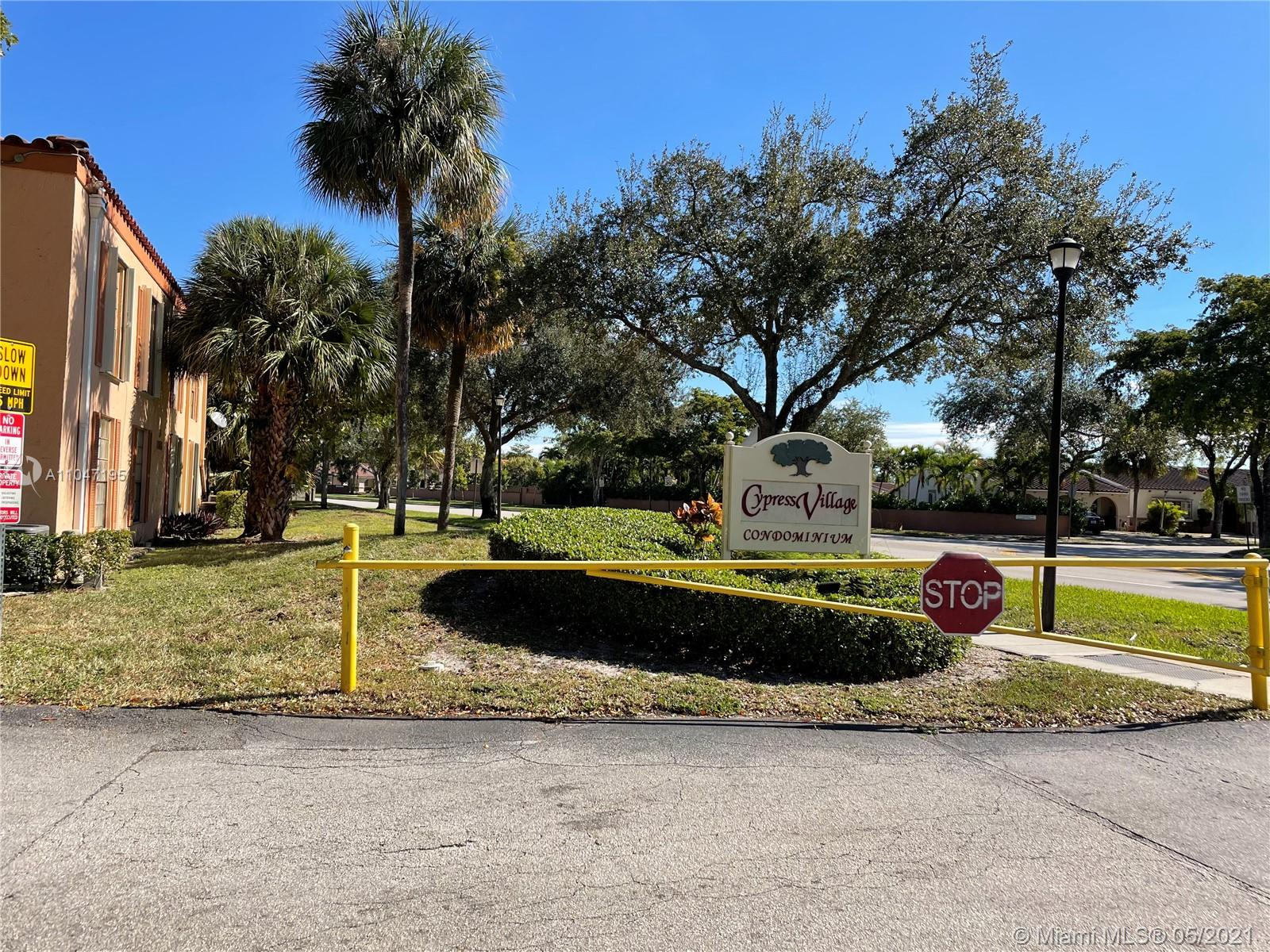 7231  Miami Lakes Dr #C13 For Sale A11047195, FL