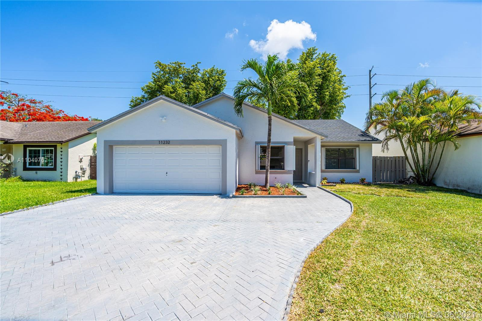 11232 SW 135th Ln  For Sale A11049762, FL