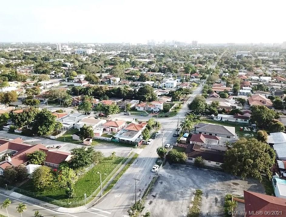 20 SW 34th Ave  For Sale A11045884, FL