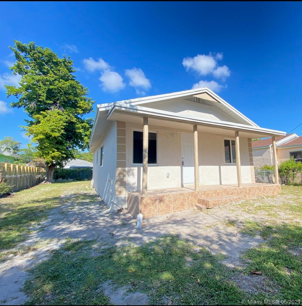 8013 NW 10th Ct  For Sale A11049764, FL