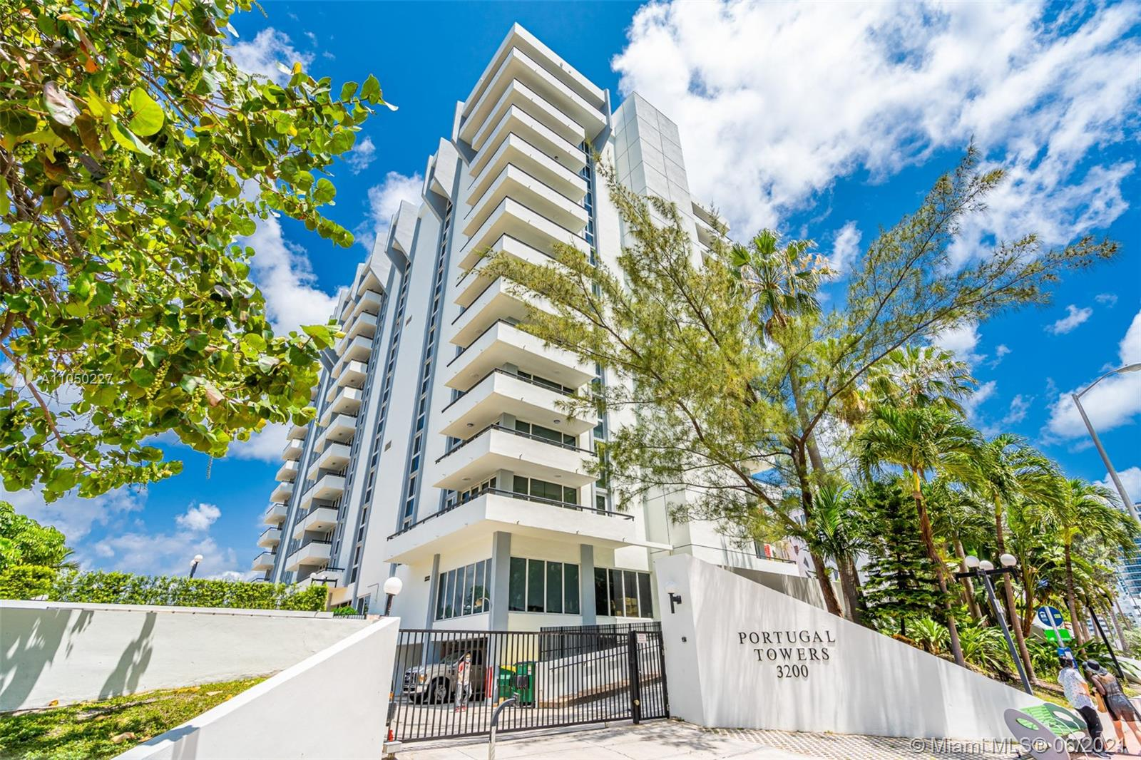 3200  Collins Ave #7-7 For Sale A11050227, FL