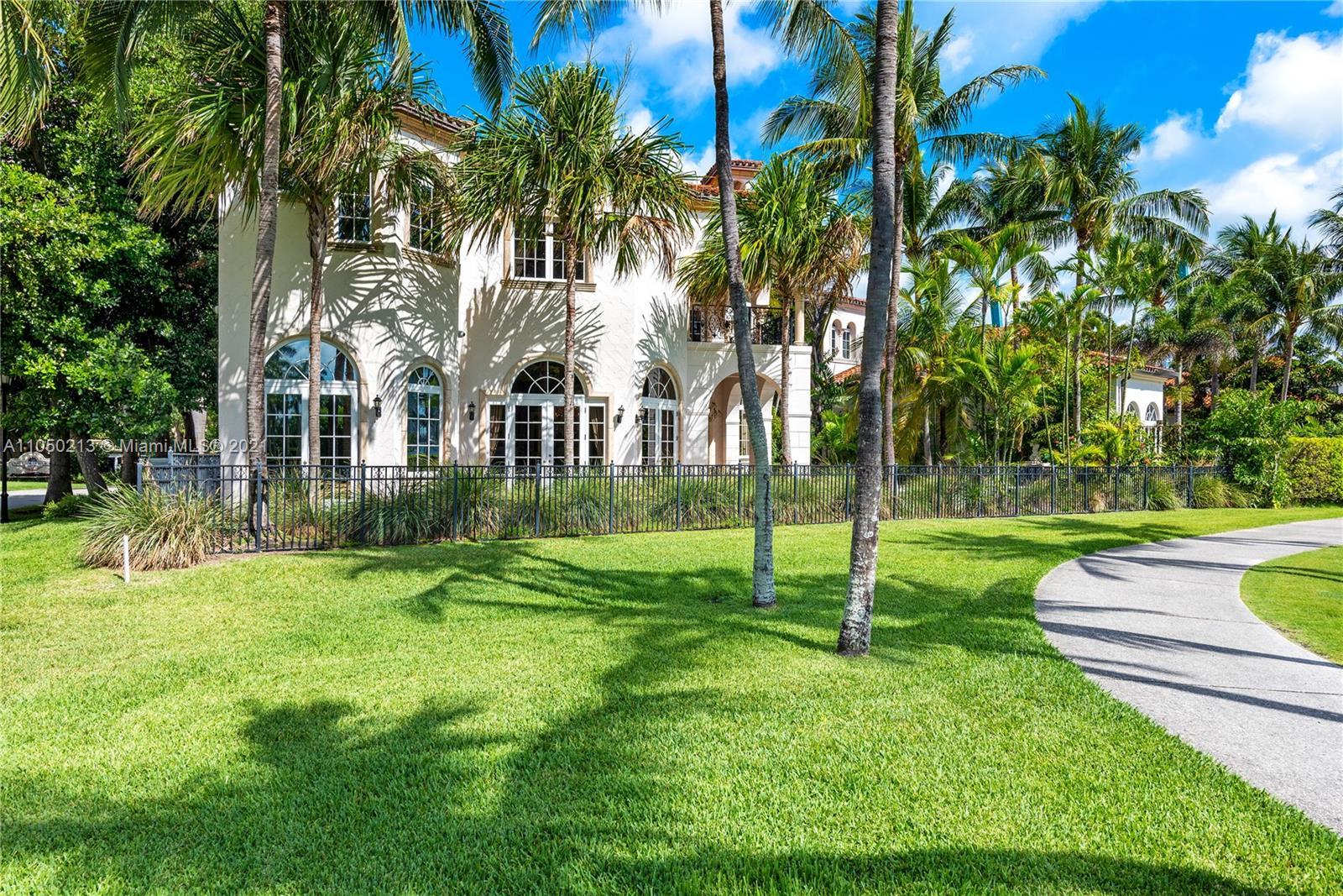 6923 Valencia Dr, Miami Beach, Florida 33109