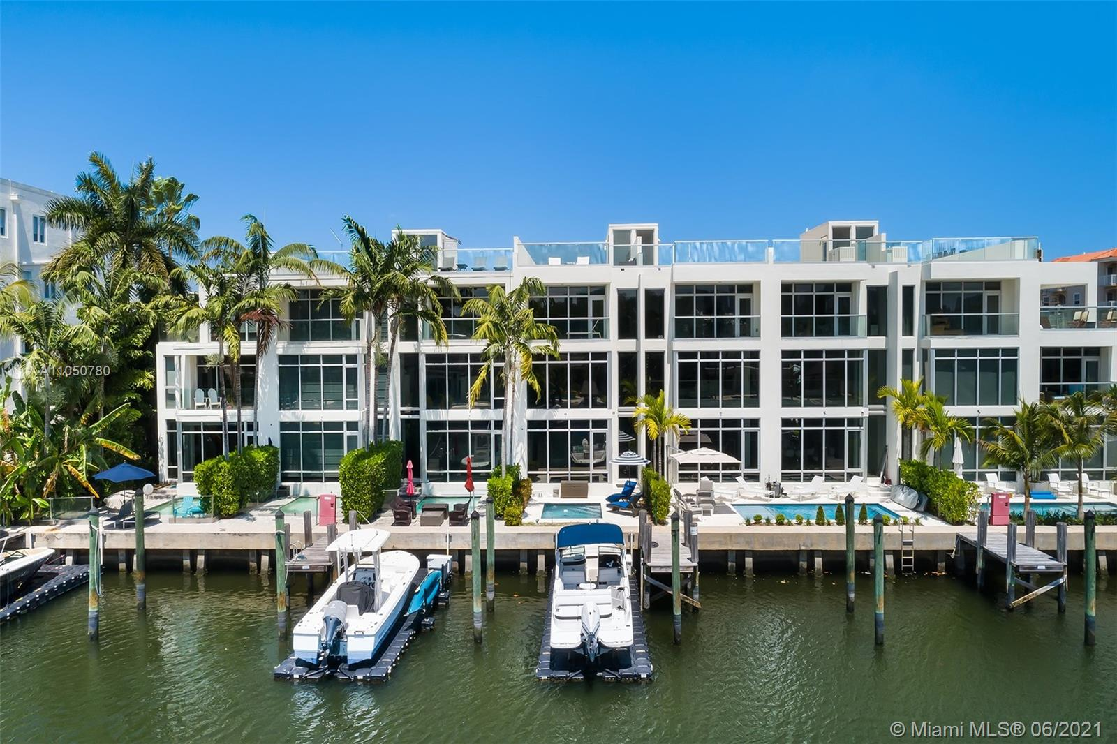 209  Hendricks Isle  For Sale A11050780, FL